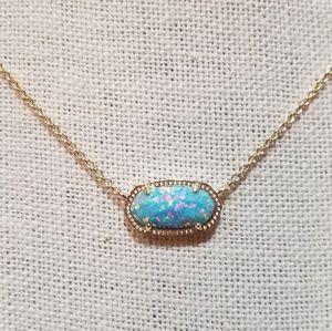 NWOT.  Kendra Scott Elisa Pendant Necklace